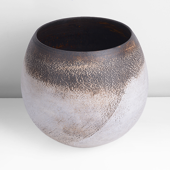 Large Globular Pot, circa 1969