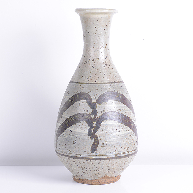 Tall Bottle with 'Willow Motif', circa 1960